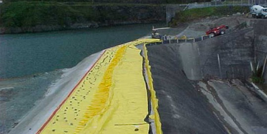 2 m high flood protection on the top of dam in panama