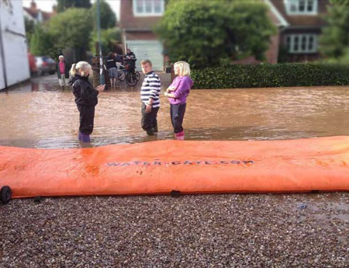 Protection against flooding along a street – Woodborough, England – 2012