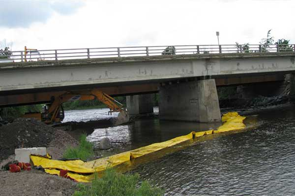 cofferdam in river works culvert